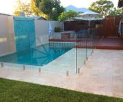Frameless glass pool for home
