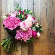 Fresh Corporate & Wedding Flower Arrangment Services